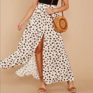 Beige leopard maxi skirt
